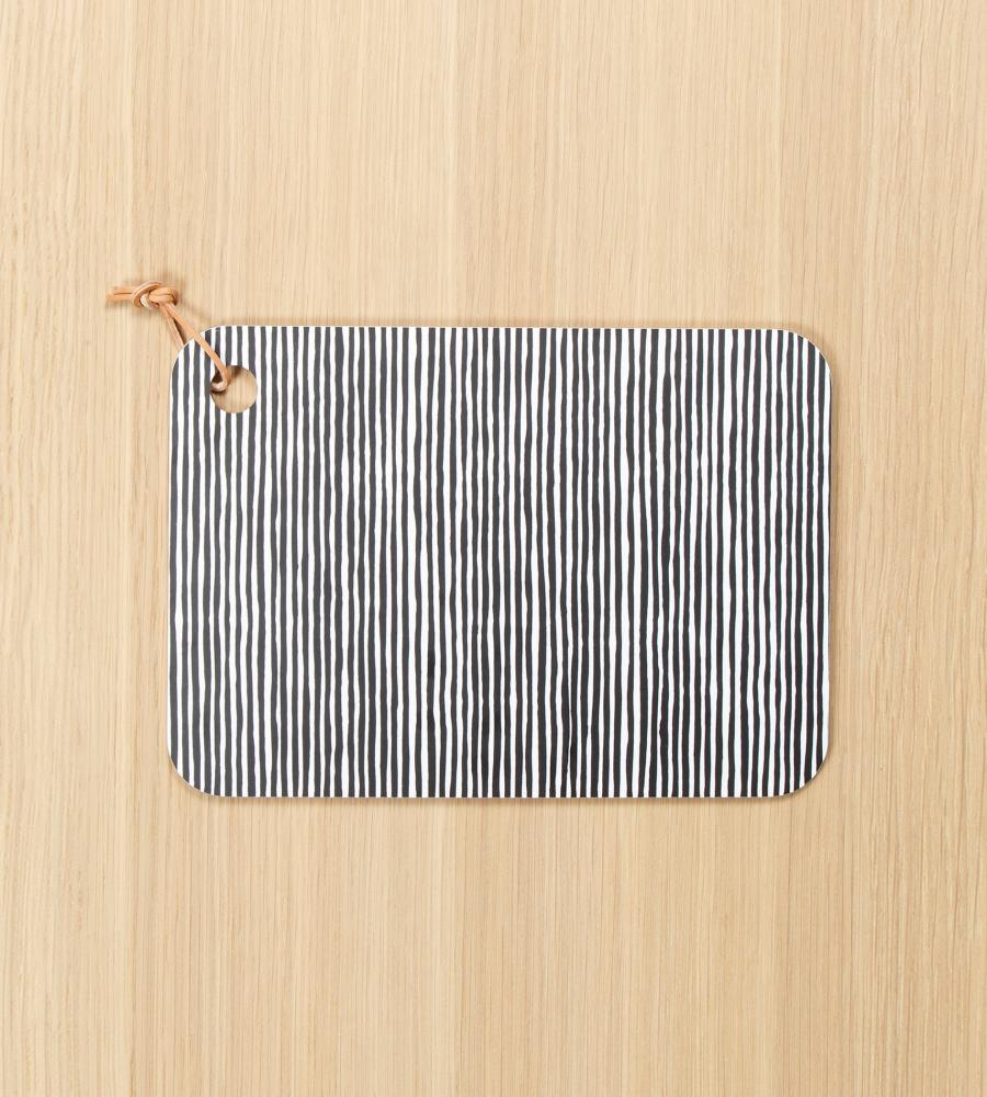 Varvunraita チョッピングボード 24×34cm