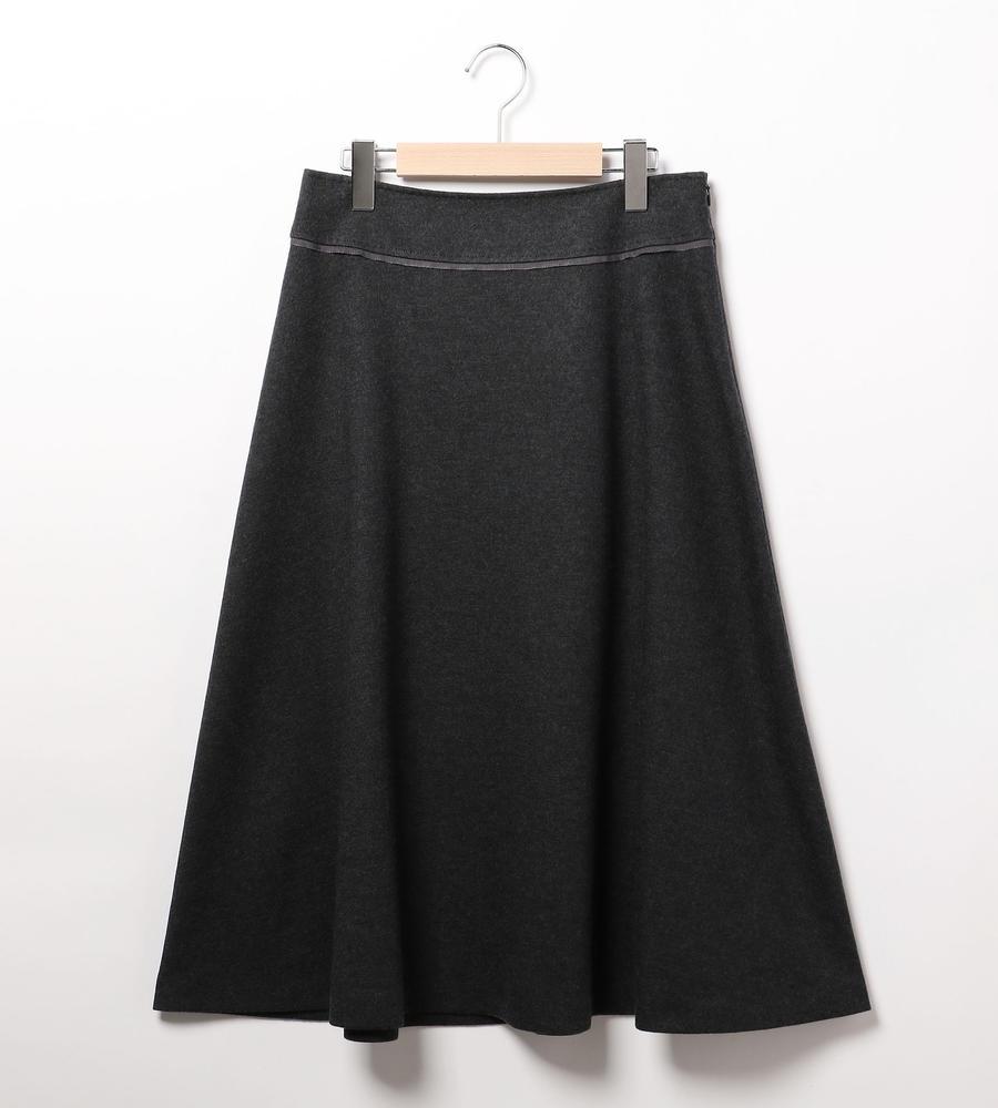コンプレッションスムーススカート