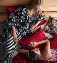 【Marimekko】税別2万円以上お買上げでロゴ柄ファブリックバッグとピンバッジをプレゼント※なくなり次第終了