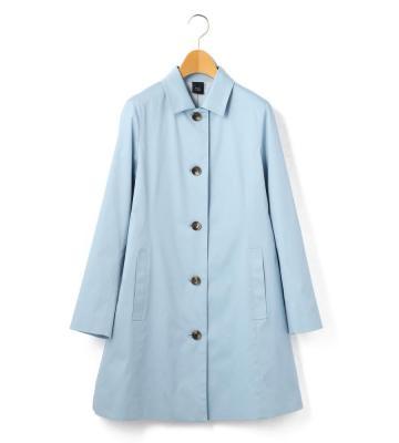 シンプルで洗練されたデザインが幅広いコーディネートに活躍するコート等新規入荷いたしました。