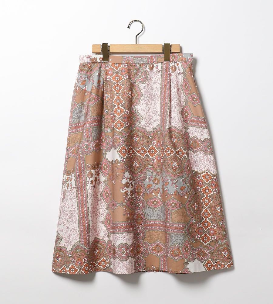 オリエンタルなムードが漂う、繊細で美しいサラサプリントのフレアスカートを新規入荷致しました。