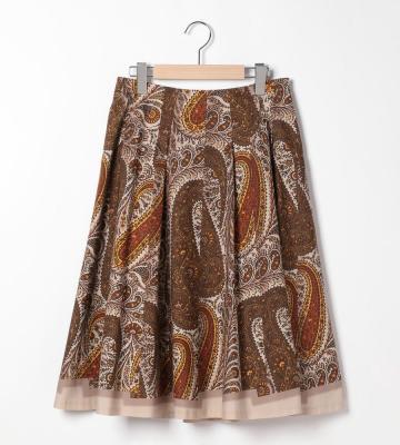 ダイナミックな大柄のペイズリープリントを描いたタックフレアスカート等新規入荷致しました。