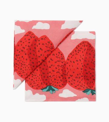 真っ赤なイチゴが食卓を華やかにしてくれそうな、チャーミングなランチナプキン等新規商品入荷致しました。